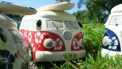 VW Bus Spardose Flower-Design / Blumenmuster